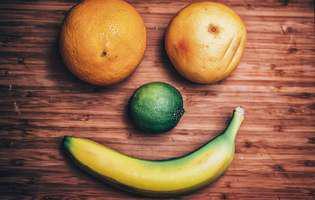 Ingrediente naturale pentru demachiere găsite prin frigider