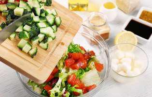 postul, benefici pentru sanatate. Salata de legume are puține calorii, dar multe vitamine
