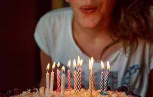 De ce suflăm în lumânările aniversare – unde își are originea acestui obicei