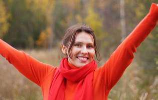 Cum îți albești dinții - 6 metode simple și ieftine