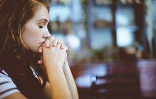 Rugăciune ajutătoare la vreme de supărare și necaz