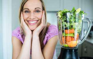 Super alimente care îți hrănesc tenul - smoothie verde