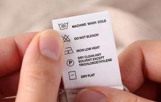 verificăm etichetele hainelor