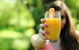 Remedii naturiste pentru amețeli. Vitamina C este unul dintre ele