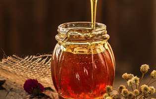 Pielea uscată - 4 moduri prin care mierea este de ajutor