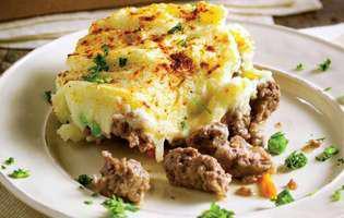 placinta ciobanului cu carne de oaie