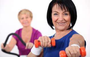 Sportul te ajută să combați oboseala în menopauză