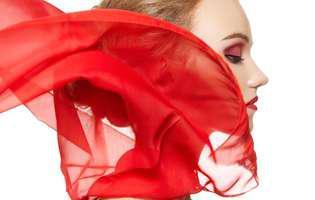 cum se curata eșarfele de mătase