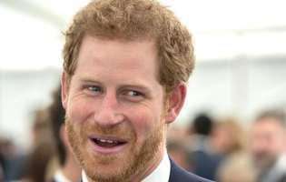 Bat clopotele de nuntă pentru prințul Harry. I-a prezentat-o reginei pe iubita sa, actrița Meghan Markle și se pregătesc să se mute împreună