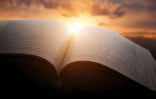 Un bărbat-pastor susține că are numărul lui Dumnezeu și că este dispus să-l ofere și credincioșilor