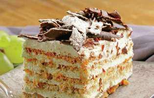 prăjitură cu foi și cremă de frișcă