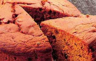 prăjitură cu miere și fructe uscate