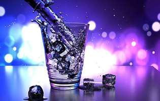 Cât este de bine să bei apă în timpul mesei