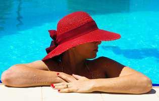 Cum să te protejezi eficient împotriva razelor ultraviolete cu ingrediente naturale