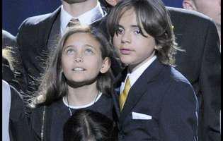 Fiul lui Michael Jackson demonstrează că nu mai e un băiețel. La 20 de ani, este un bărbat responsabil și are grijă ca numele tatălui lui să nu fie uitat