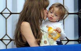 Ce mare s-a făcut Vivienne, fetița Angelinei Jolie și a lui Brad Pitt. Oîntrece în frumusețe pe sora ei Shiloh. Este superbă