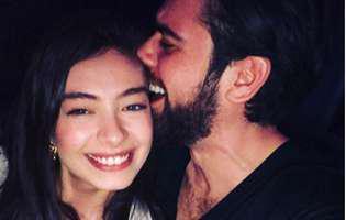 """Nihan din """"Dragoste infinită"""" este topită după soțul ei. Cei doi au sărbătorit un an de căsătorie și au inundat Instagramul cu mesaje siropoase și imagini superbe. Ce îndrăgostiți sunt"""