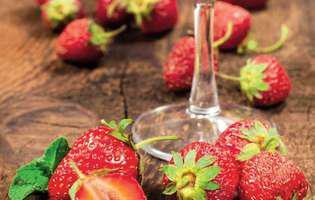 Spumă de căpșune cu frișcă