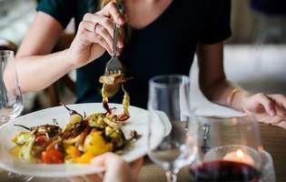 Te poți îngrășa dacă mânânci numai o masă pe zi