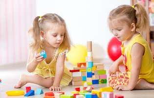 cele mai sigure jucării pentru copii mici