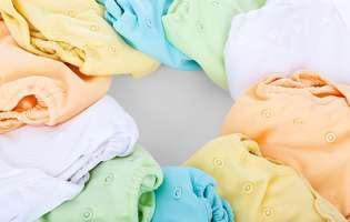 Cum îi cumperi haine bebelușului în primii ani de viață