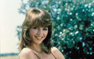 """Pamela Ewing din """"Dallas"""" își trăiește bătrânețea în singurătate. Ce mai face celebra actriță, ajunsă azi la 68 de ani"""