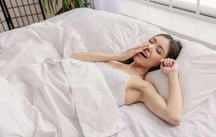 Remedii pe care le poți încerca acasă pentru a scăpa de cearcăne