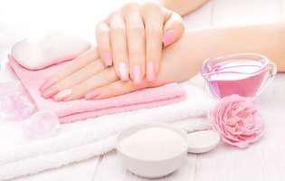 5 trucuri pentru a preveni îmbătrânirea mâinilor