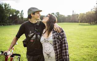 Femeile însărcinate pot experimenta aceste 7 simptome stânjenitoare, dar normale