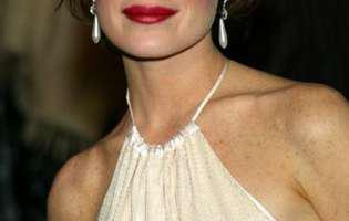 Celebra actriță Lara Flynn Boyle a ajuns de nerecunoscut. Incredibil cât de rău poate să arate