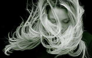 Trucuri utile pentru un păr frumos, sănătos și bogat