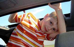 Răul de mașină la copii - sfaturi utile să îl eviți