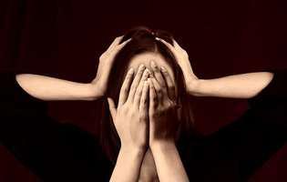 Scapă de migrene folosind sarea de Himalaya. Iată cum procedezi