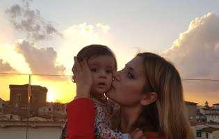 """Amalia Enache a publicat o poză cu fiica ei și a remarcat un detaliu care a uimit-o până și pe ea: """"Destul de straniu…"""""""