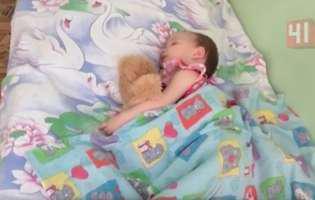 Era ușurată că fetița ei adormise