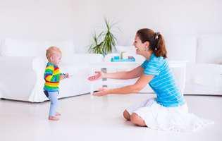 Etapele mersului la bebeluși