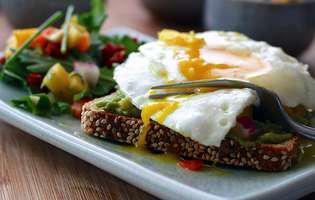 10 cele mai bune surse de proteine pe care să le consumi