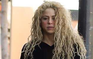 Shakira trece prin clipe foarte dificile. După problemele de sănătate și certurile cu Gerard Pique a avut parte de încă o tragedie. Artista este în doliu și e distrusă de durere