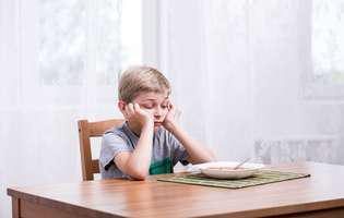 Cum îți convingi copilul să țină un regim alimentar atunci când sănătatea lui o cere