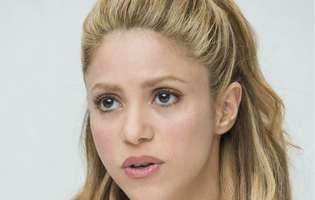 Ore cruciale pentru Shakira! Prestigiosul chirurg din Boston a venit în Barcelona să o opereze. Artista, de urgență pe masa pe operații