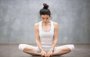 Cele mai bune exerciții yoga pentru pacienții cu astm bronșic: Fluturele (Baddha Konasana)