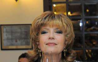 Corina Chiriac face reclamă prods slăbit