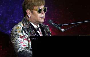 Elton John retrage