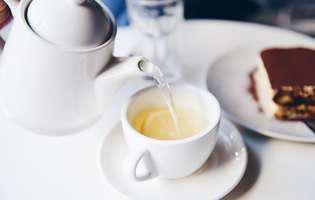 Ceaiul alb este un antioxidant bun și luptă împotriva îmbătrânirii