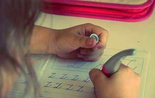 10 sfaturi utile pentru părinți când îi ajută pe copii la lecții
