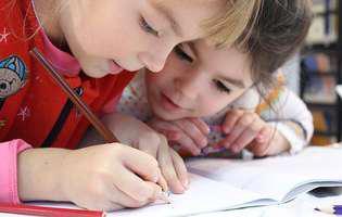 De ce trișează copiii? Cum îi convingi să renunțe la acest obicei