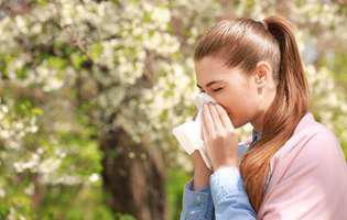 Cum ne afectează fizic și emoțional venirea primăverii
