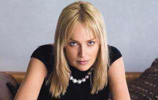 Sharon Stone a împlinit 60 de ani!
