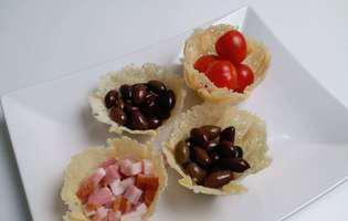 coșulețe din parmezan pentru aperitive și salate