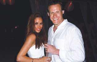 Iată de ce a divorțat Meghan Markle, devenind astfel logodnica prințului Harry. Vezi și poze la nunta sa din 2011